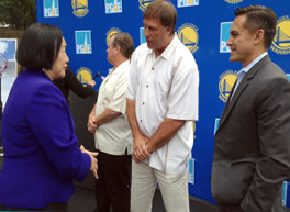 Oakland: PG&E Joins Golden State Warriors in Restoring Neighborhood Basketball C