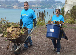 San Francisco: PG&E Volunteers Help Preserve a Piece of 'The Rock'